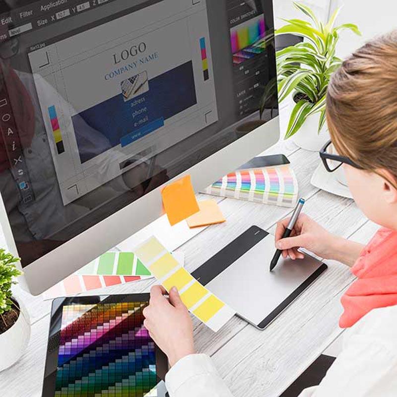 Fase-4-Sviluppo-della-grafica-Brochure-Design