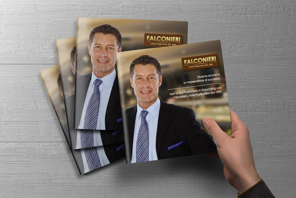 Progetto Grafico Brochure Franchising Falconieri 06