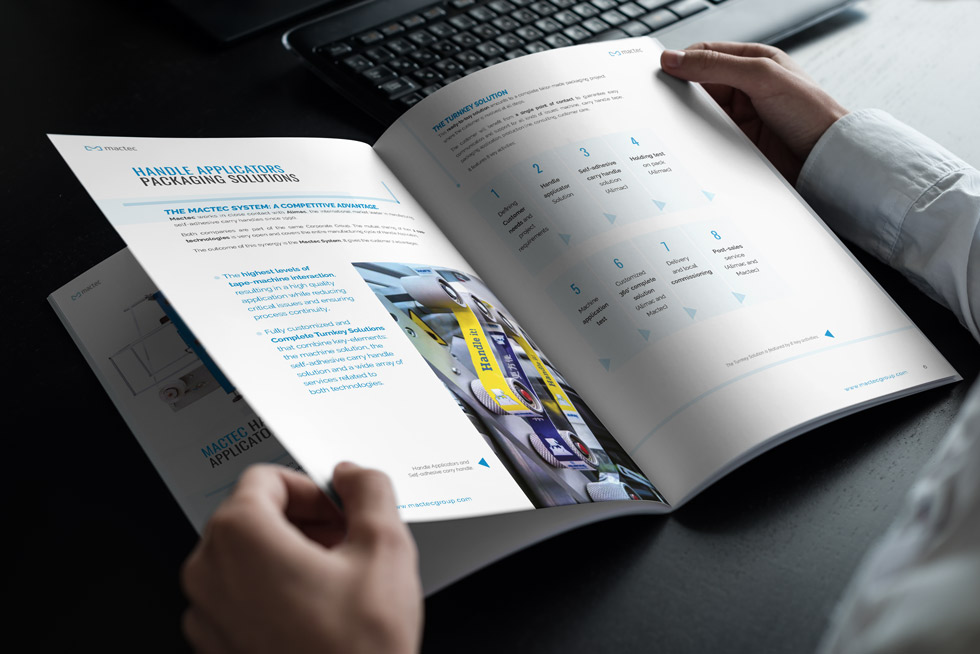 Brochure-Design-Progetto-Mactec-Handle-Application-Mock-up03