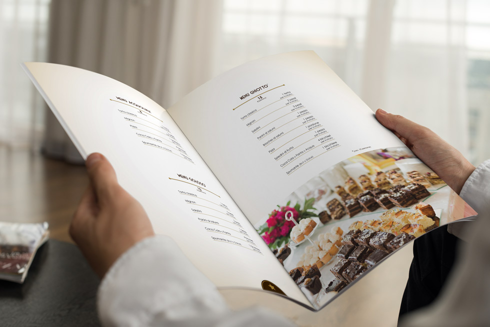 Brochure-design-Falconieri-2017-mock-up05