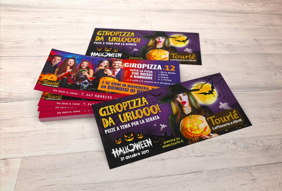 BROCHURE-DESIGN-Tourle-Flyer-Halloween-2017_Mock-up-3